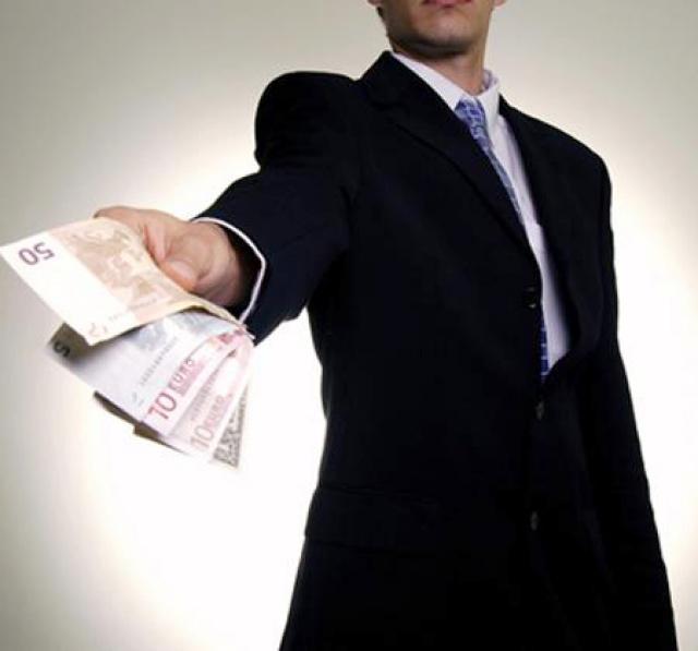 Как попросить у мужчины денег - Отношения - - ТСН