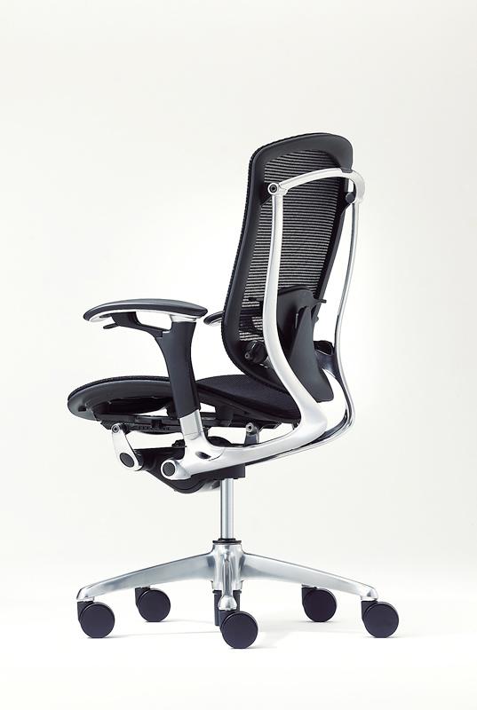 Ортопедические офисные эргономичные кресла OKAMURA.